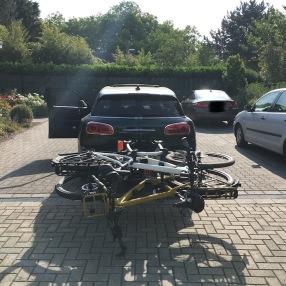 Mini Clubman with hitch bike rack rear 2
