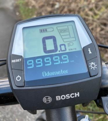 charger gx 9999 km